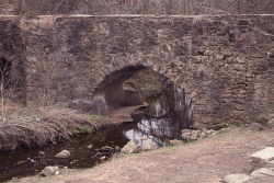 The Espada Aqueduct, running over the Piedras Creek