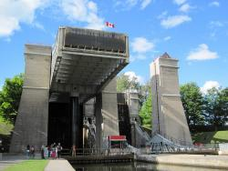Peterborough Hydraulic (Canal) Lift Lock